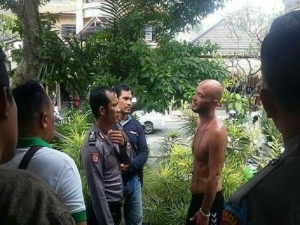 Danish tourist who caused trouble at Monkey forest area in Ubud, arrested and transferred to Bangli mental hospital.