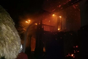 6 Villa's burned down at Pecatu in early morning