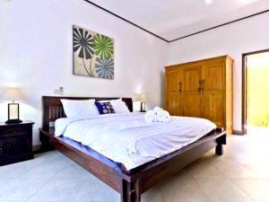 3 Bedroom VillaThe Nenny Bali , Accommodate 8 People Seminyak
