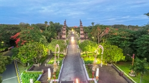 Relaxed restrictions revives Bali islands