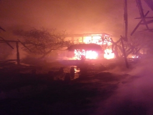 Short circuit burned down 15 are villa complex in Sanur.